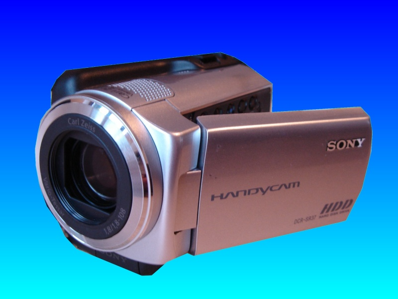 A Sony Handycam DCR-SR37E that suffered the E:31:00 error message when trying to access videos recorded to the HDD. This was then received by us for data recovery.
