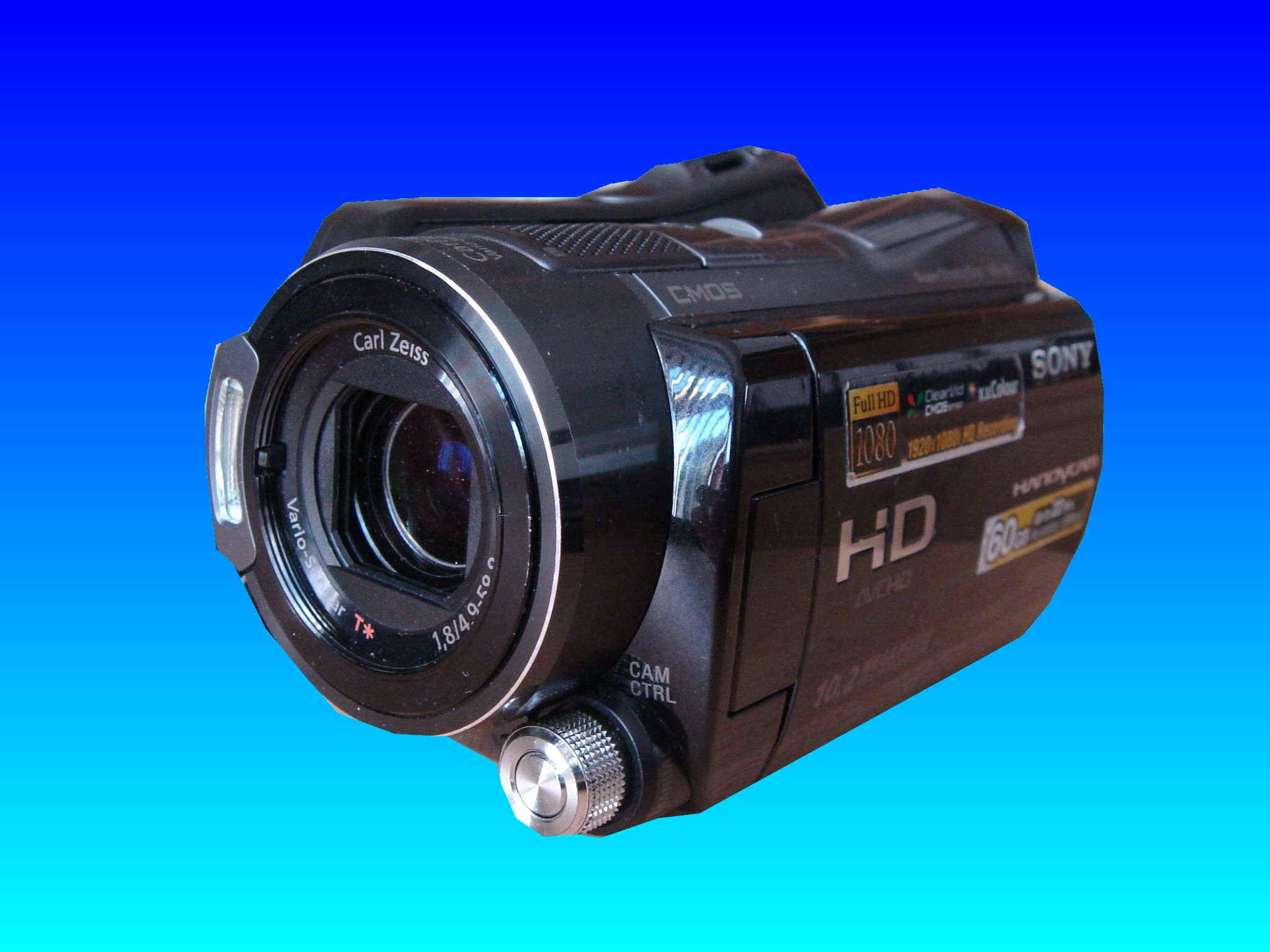 A Sony handycam that records HD video in AVCHD format that needed the home movie files restoring to the original sequence of clips.