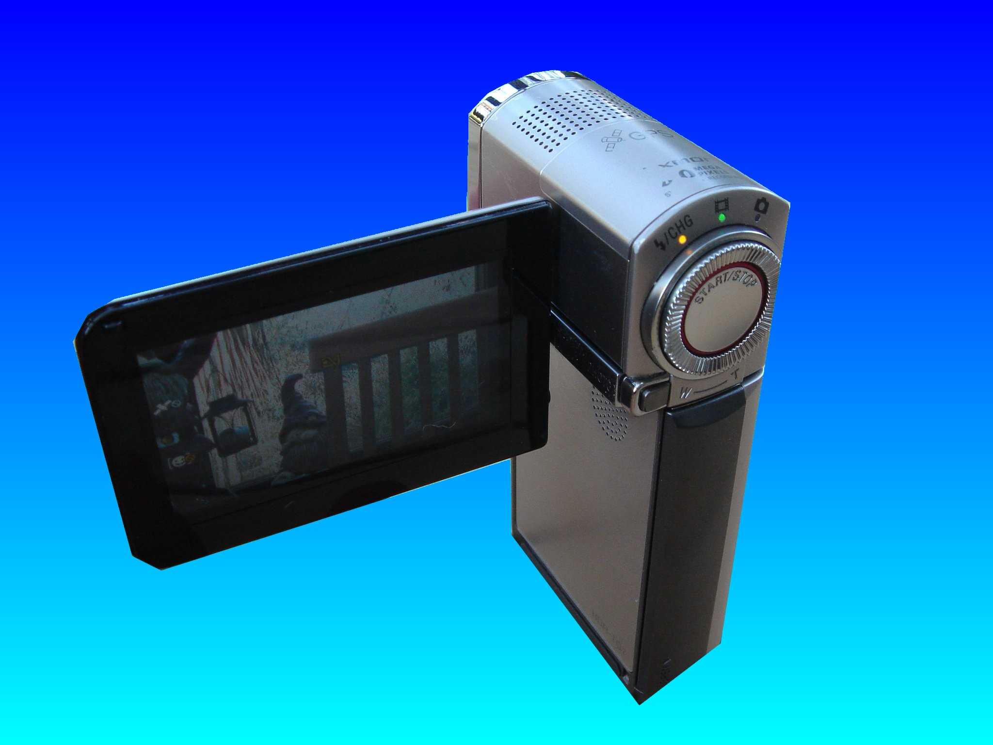 A Sony HDR-TG7VE that had its video deleted from the internal memory disk. We recovered the AVCHD video to a USB drive.