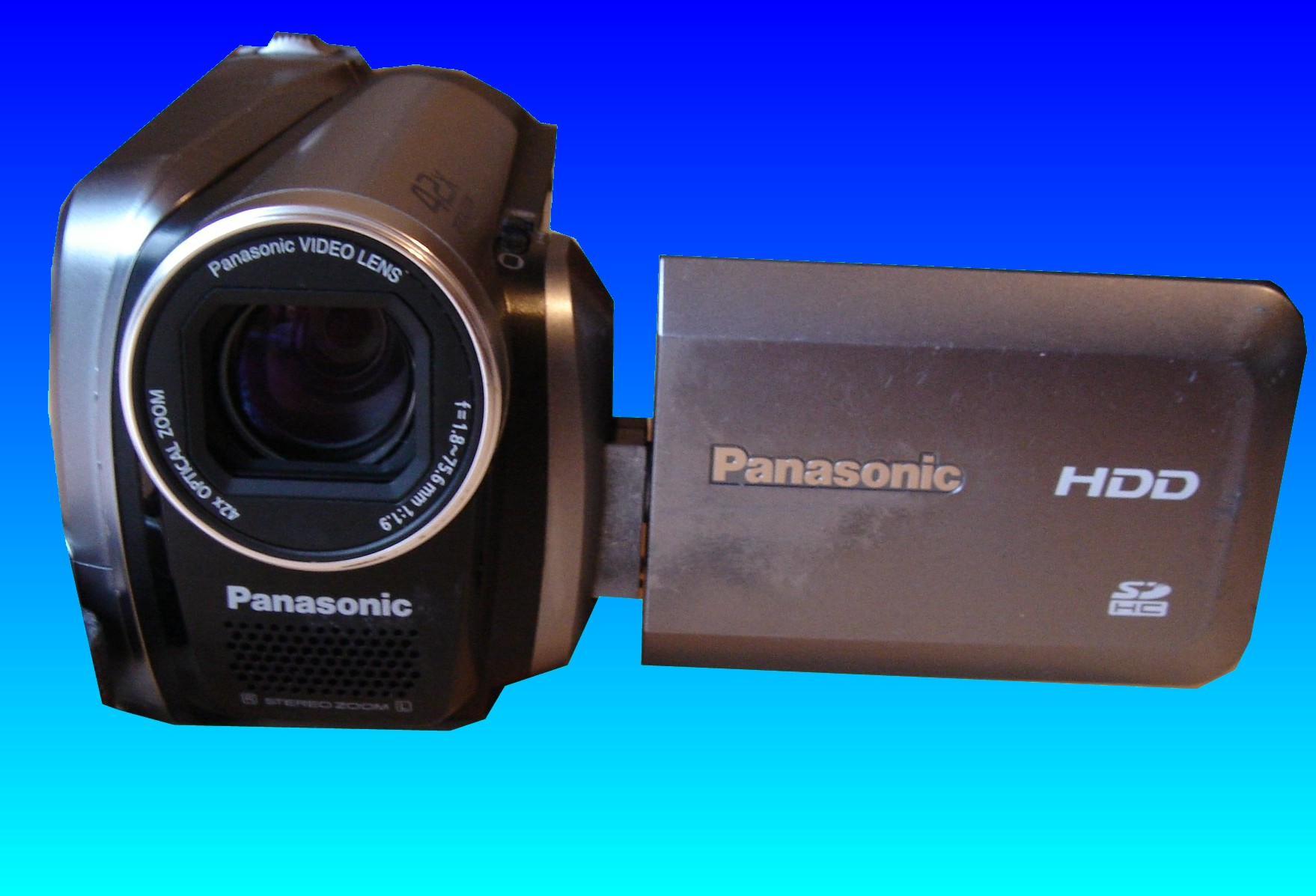 A Panasonic SDR-H40P which had its images deleted by mistake. The images were icons of the various video clips stored on the camcorder's hard drive.