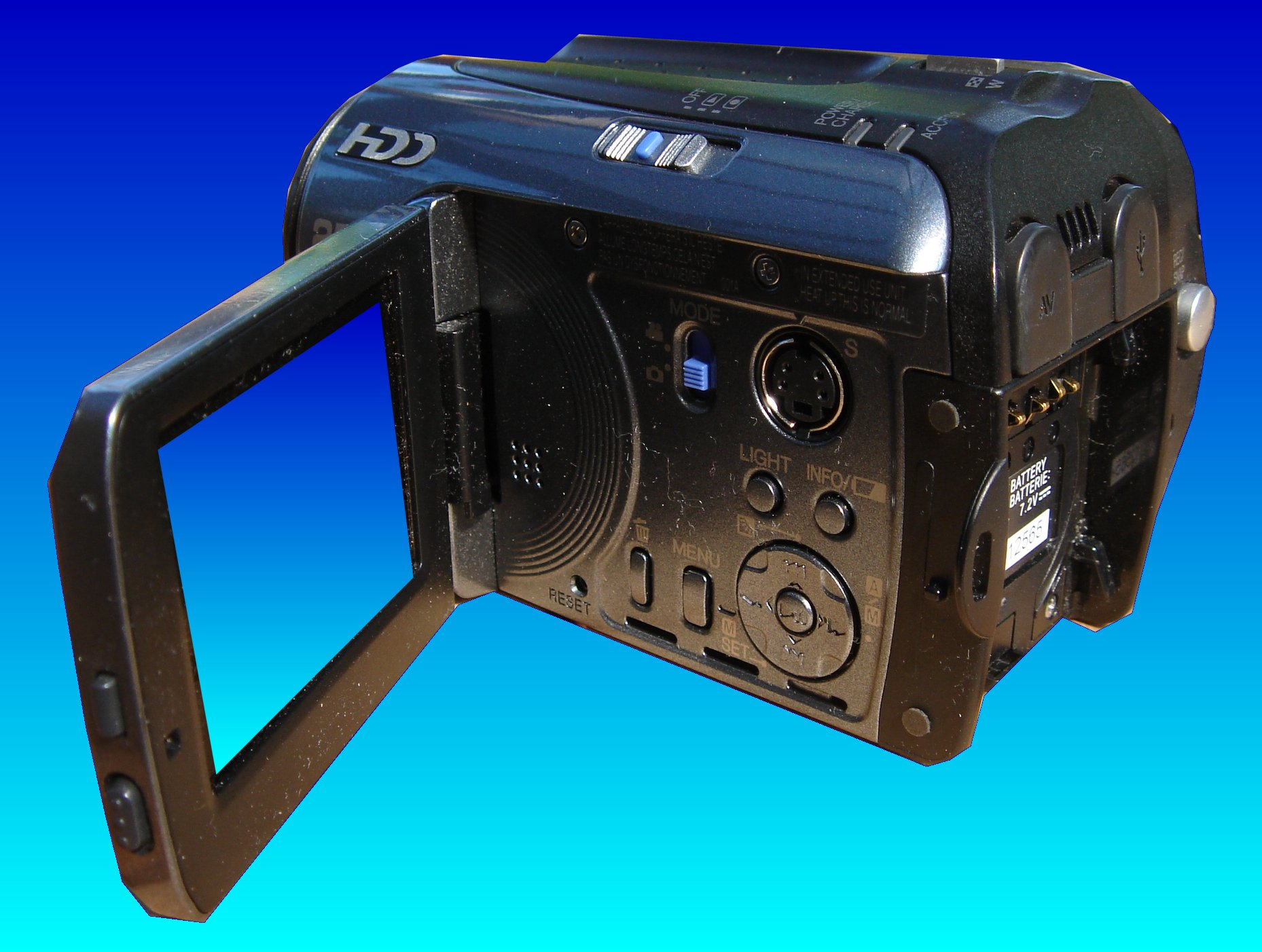 This JVC camcorder model GZ-MG77EK is ready to undergo video recovery.